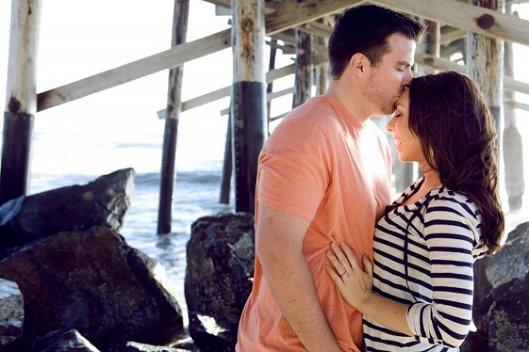newport-pier-engagement-1